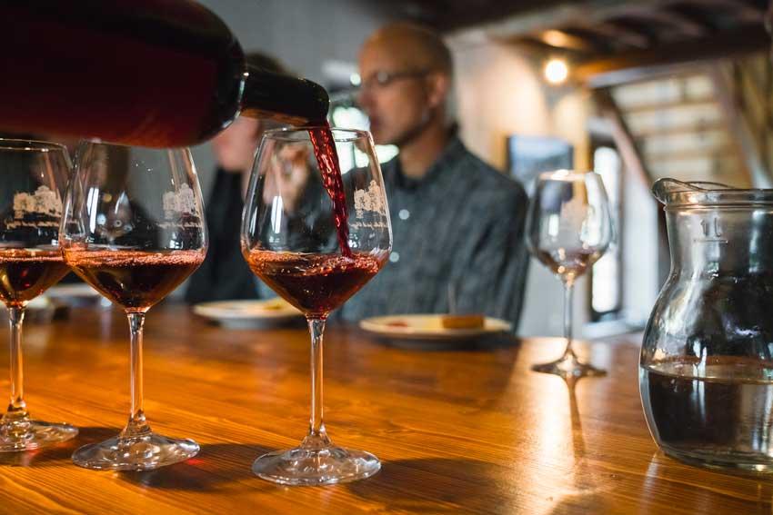 degustazione di vino chianti